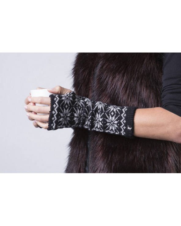 100% Wool wrist gloves  024