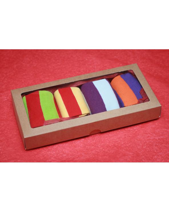 Šventiškai supakuotos 4 poros medvilninių pirštuotų kojinių 800
