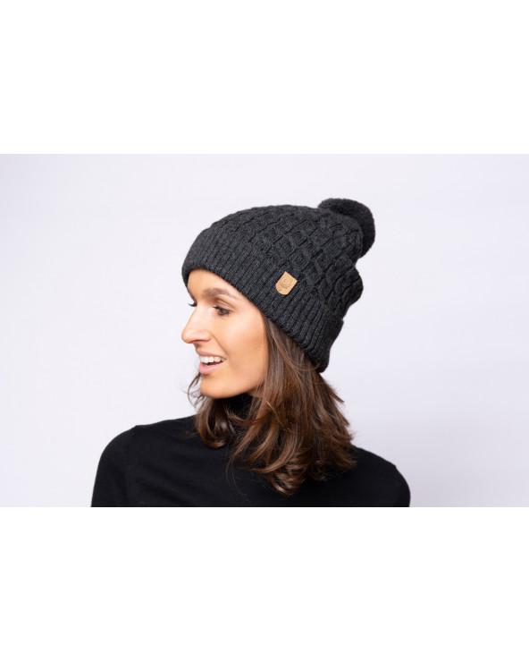 Merino vilnos kepurė su bumbulu 7083