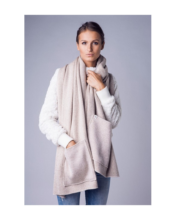 100% Wool scarf with pockets 321
